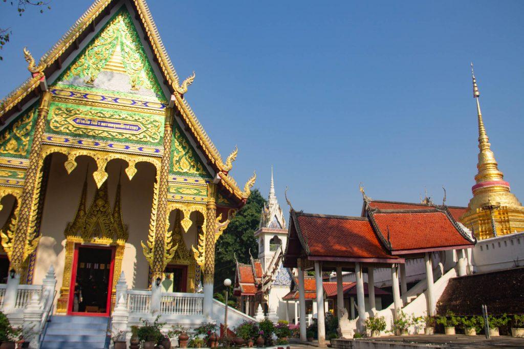 Wat Pong Sanuk Nua Lampang