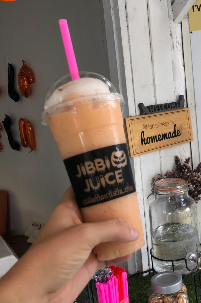 What to Drink in Thailand- Smoothies