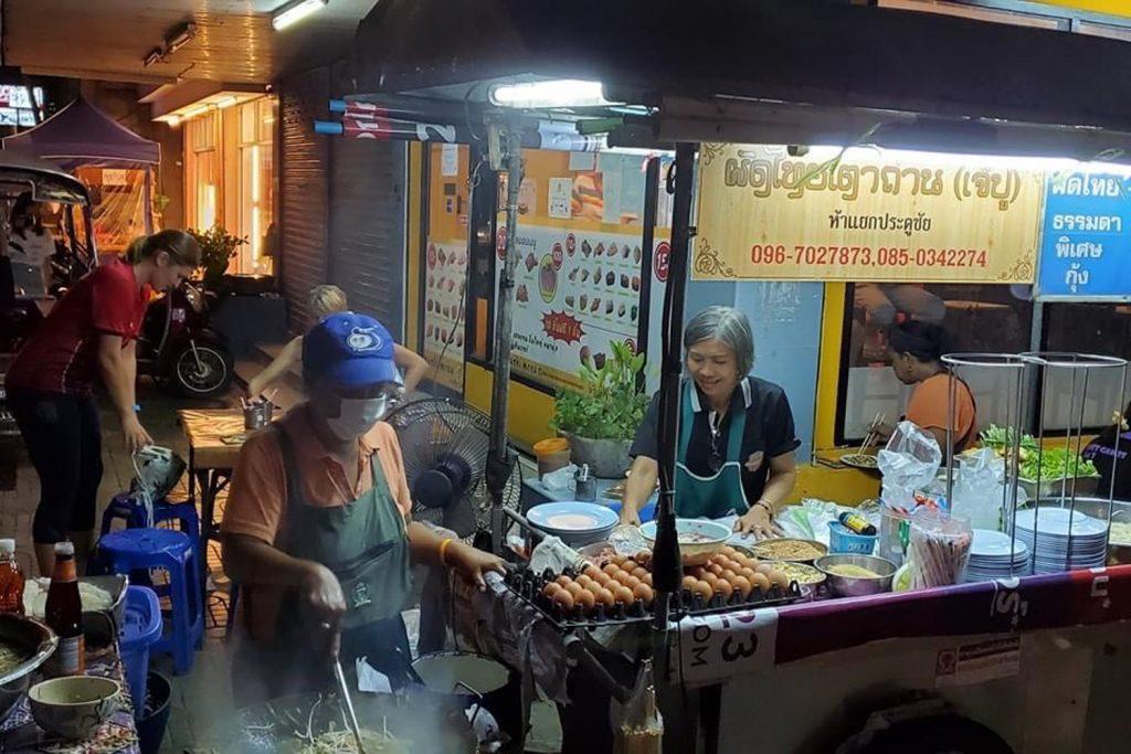 Parents In Lampang Pad Thai